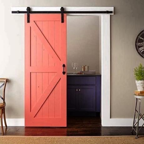 coral accent door