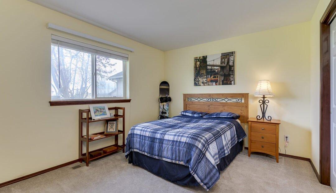 7132 E GRETA AVE POST FALLS IDAHO REAL ESTATE HOME FOR SALE UPPER BEDROOM 1